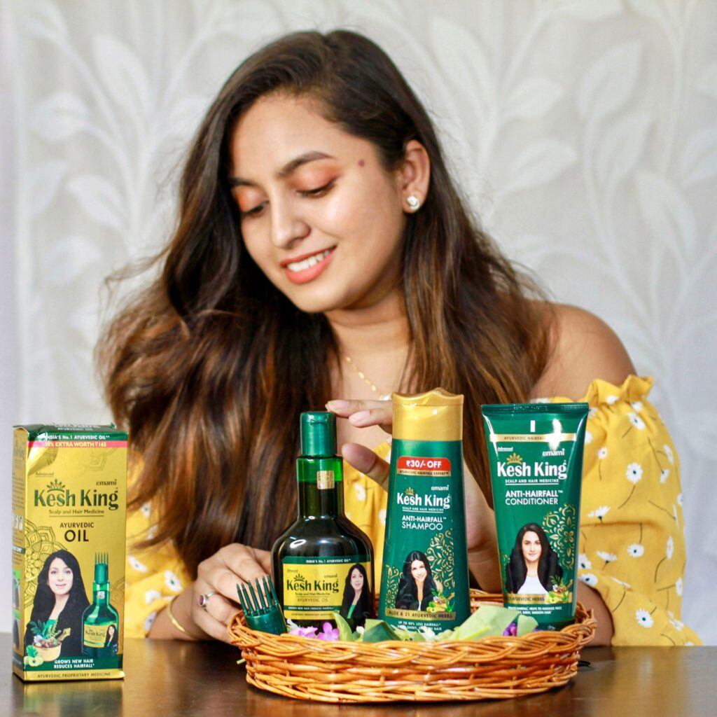 A Girl promoting Kesh King Products
